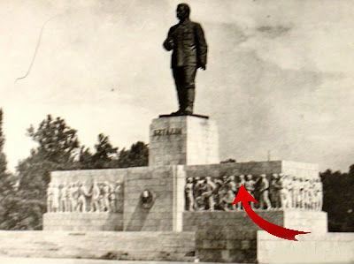 Sztálin-szobor töredék a Dési Huber művelődési házban