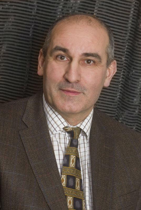 dr. Vas Imre - Mi van a beton alatt?