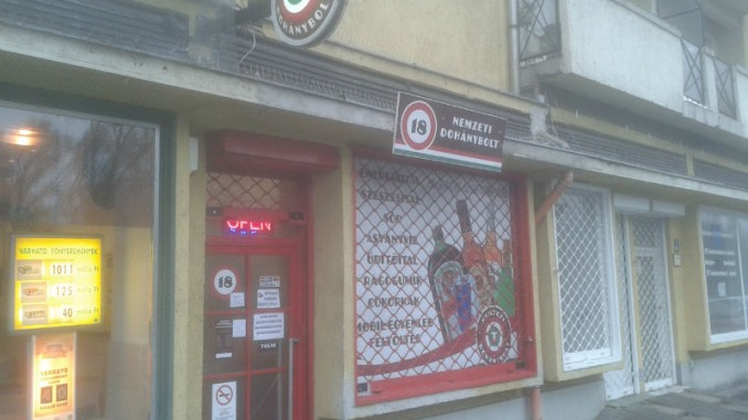 Nemzeti Dohánybolt a Dési Huber utcában